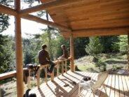 Dlaczego warto zamieszkać w domu drewnianym?
